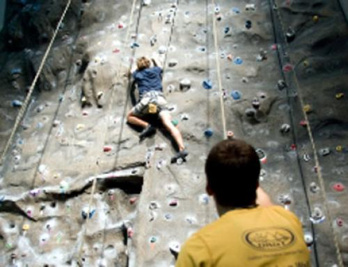A Guide To Indoor Rock Climbing In Atlanta