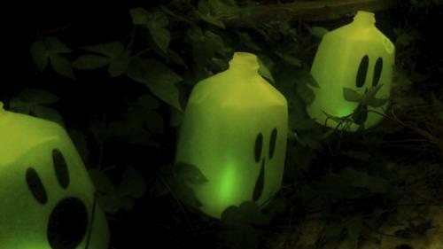Budget-Friendly DIY Outdoor Halloween Decorations