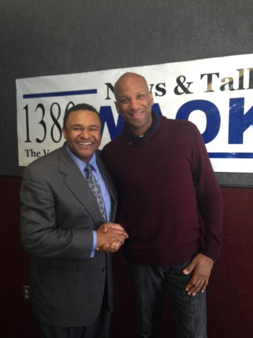 "Sidney Wood Talks With Pastor Donnie McClurkin About His New Album ""Duets"""