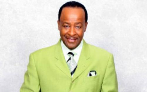 Sunday Morning Praise Pastor Of The Week Goes To…..Pastor Dr. W.J. Lawson Sr.